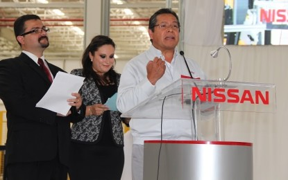 Nissan llega a 100,000 unidades en su nueva planta