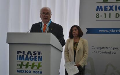 Industria del plástico crece menos de 1% por paridad cambiaria