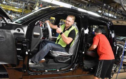 Ford se lleva más inversión de México, ahora a China