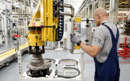 Daimler tendrá que pagar 145.5 mdp por incumplimiento a las normas ambientales