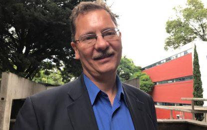 """Dussel califica de """"autista"""" al equipo negociador mexicano del TLCAN"""
