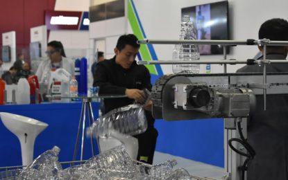 Industria mexicana del plástico enfrenta un serio reto