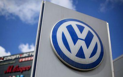 VW interrumpe producción en Europa por COVID-19