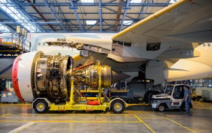 Covid-19: aeroespacial pide no parar labores