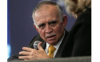 Aeroespacial, prioritario para el crecimiento de México: Alfonso Romo
